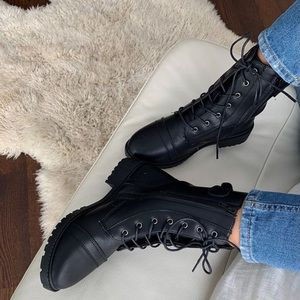 New combat boots with side zipper
